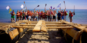 construccion-de-balsas-team-building-playa-exploramas-2