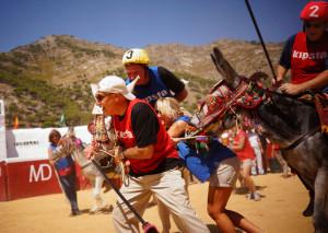 burro-polo-mijas-team-building-exploramas-1