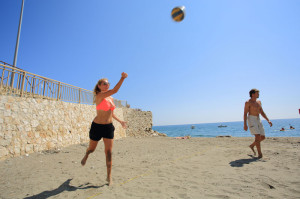 Team-building-sports-beach-volley-exploramas-10