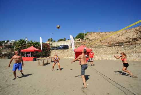 Team-building-sports-beach-volley-exploramas-4