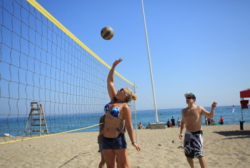Team-building-sports-beach-volley-exploramas-7