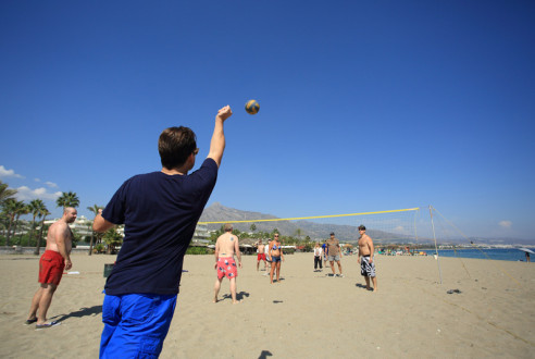Team-building-sports-beach-volley-exploramas-8