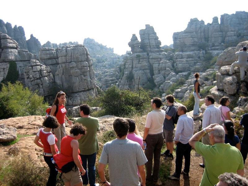senderismo exploramas 2 el torcal evento empresas andalucia malaga