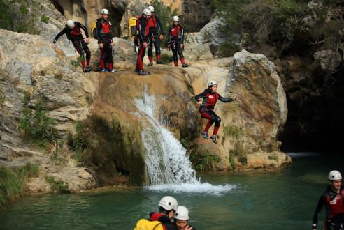 barranquismo-descenso-cañon-aventura-exploramas-9