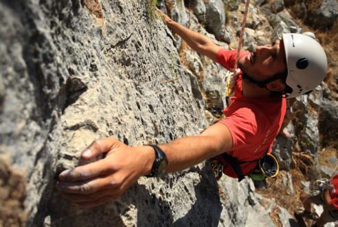 escalada-actividad-aventura-turismo-aventuras-empresas-exploramas-4