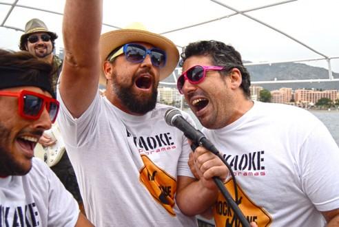 Rockaoke: talents battle on board