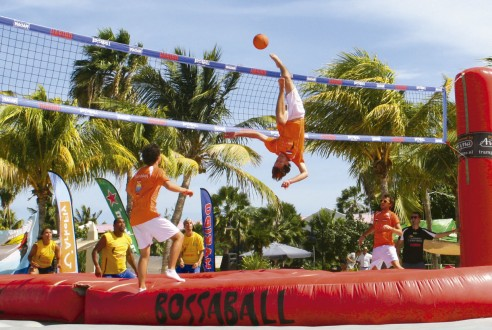 bossaball-team-building-sport-exploramas-1-