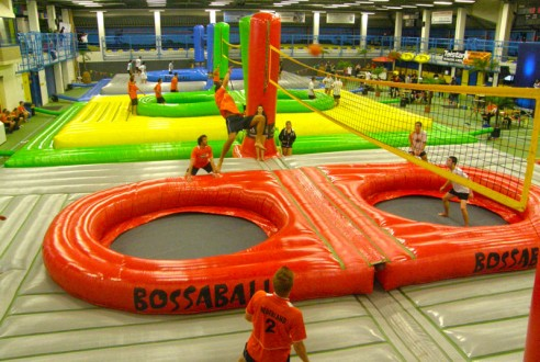 bossaball-team-building-sport-exploramas-11