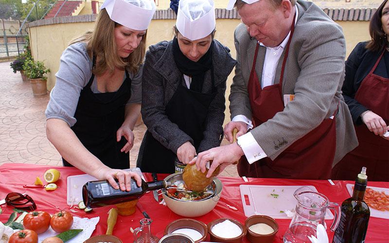 Actividades gastronomicas para empresas exploramas Madrid